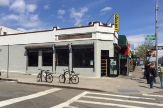 Italian restaurant to open on corner of Queens Blvd/40th Street this week